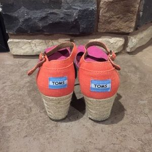 Toms Shoes - Toms wedges
